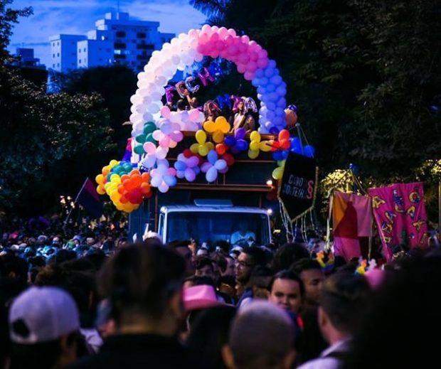 Fecha a Santa na Parada, foi um sucesso no crowdfunding e no orgulho LGBT