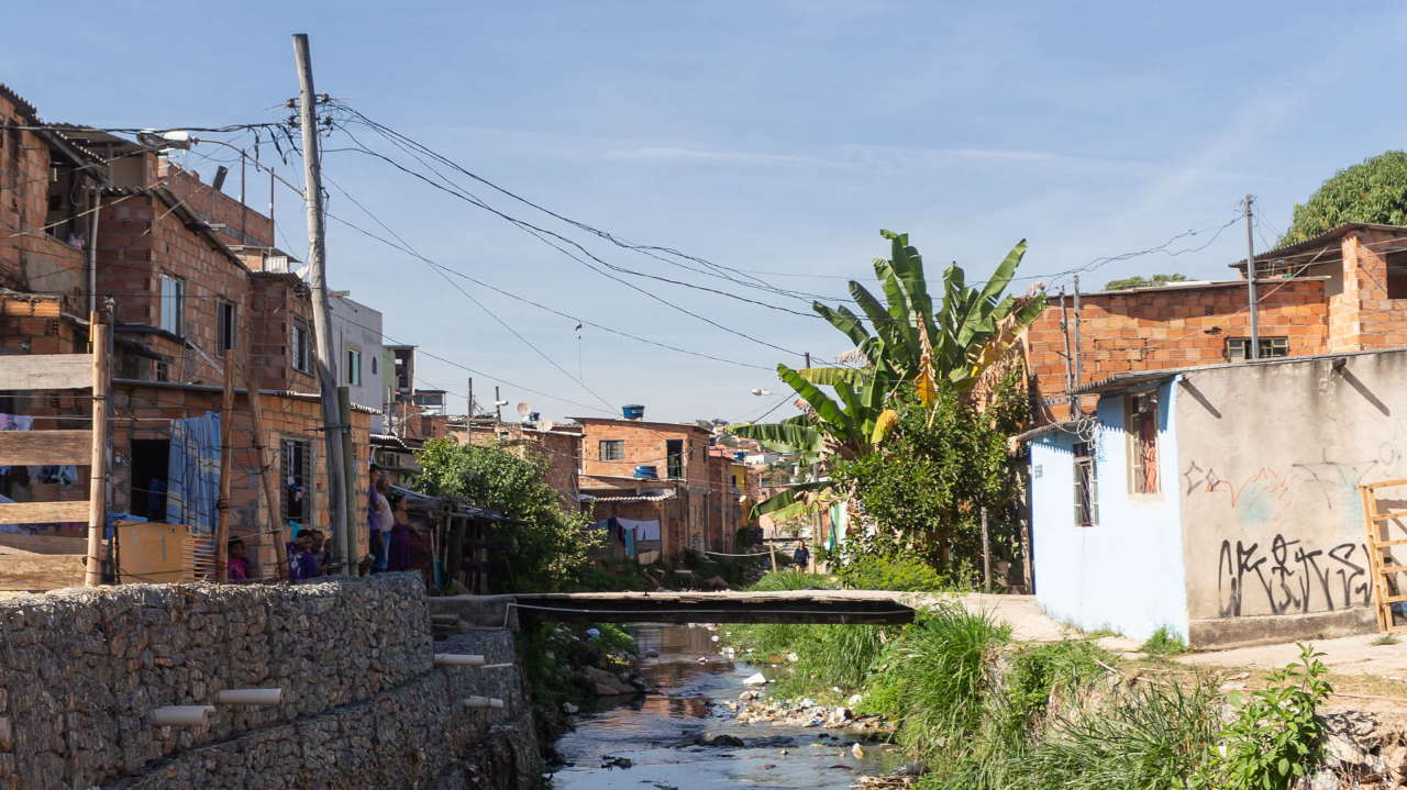 imagem da vila do índio na região metropolitana de bh que é uma das regiões abraçadas pelo projeto contra o coronavírus